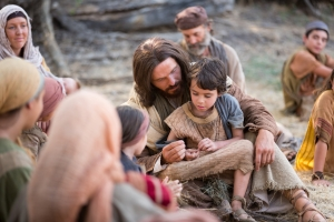 pictures-of-jesus-with-a-child-1126923-wallpaper